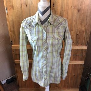 Wrangler Rock 47 Fitted Snap Front Ladies Shirt